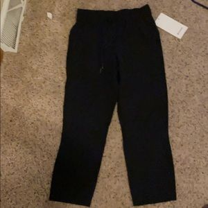 On the fly crop pants